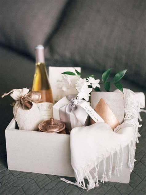 Wedding Gift Baskets by Best 25 Wedding Gift Baskets Ideas On