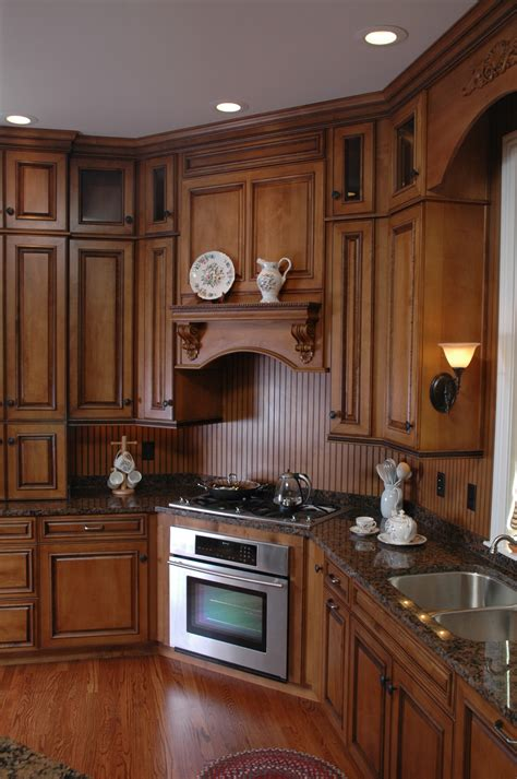 Cleaning Wood Kitchen Cabinets by How To Clean Wood Kitchen Cabinets And The Best Cleaner