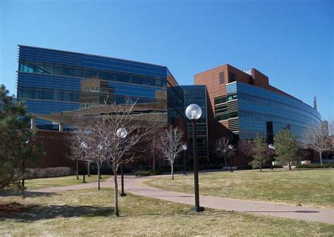 Us News And World Report Mba Rankings 2011 by Carlson Biz School Places 21st In Us News Rankings On