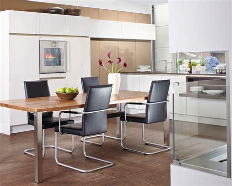 twee prachtige showrooms moderne keuken keuken wonen nl - Küchenland Ekelhoff