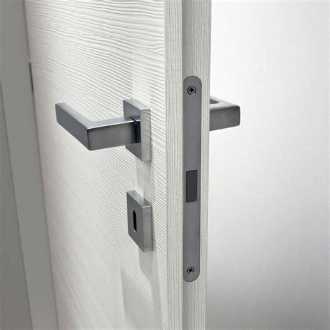 pomelli porte interne maniglie o pomelli cosa scegliere per le porte interne