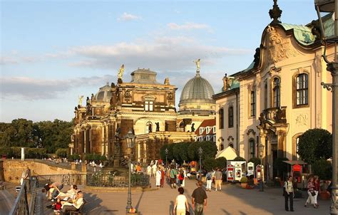 terrasse am bischofsplatz 01097 dresden dresden br 252 hlsche terasse foto bild deutschland