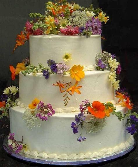 Flower Garden Cake Cakes Pinterest Garden Wedding Flowers Wedding Cake 2032717 Weddbook