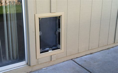 Exterior Doors With Pet Door Sliding Screen Door Sliding Screen Door With Pet Door Built In