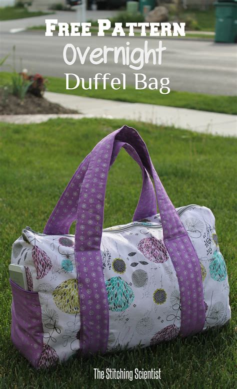Free Pattern Overnight Bag | free pattern overnight duffel bag the stitching scientist