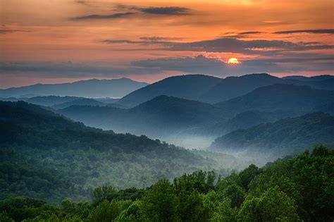 red house painters smokey the great smoky mountains run predominantly along the