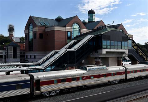 Rpi Vs Ualbany Mba by Repairs Will Shift Amtrak S Rensselaer Trains To Grand