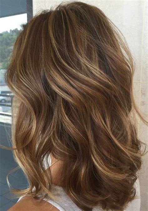 hairstyles with lighter colred top light brown hair with highlights and lowlights for 2017