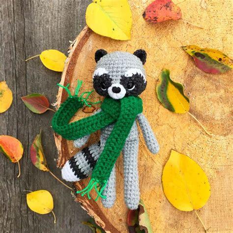 amigurumi raccoon pattern free crochet raccoon with scarf free pattern amigurumi today