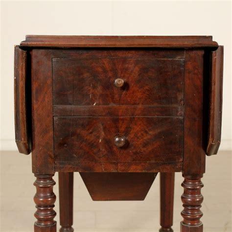 antiquariato tavoli tavolino da lavoro tavoli antiquariato dimanoinmano it