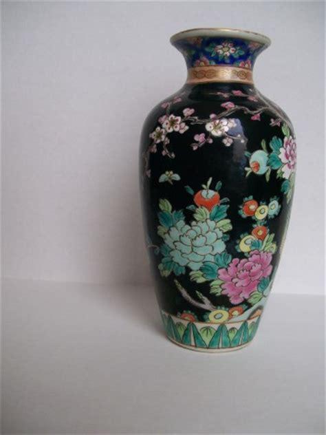 Antique Vases From Japan by Antique Japanese Famille Noir Vases Myvintagepleasures