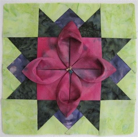 Fabric Origami Flowers - 162 best images about origami quilts on