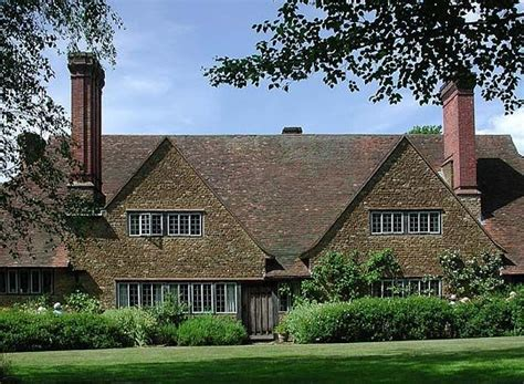 sir edwin lutyens the arts crafts houses books munstead wood surrey home of garden