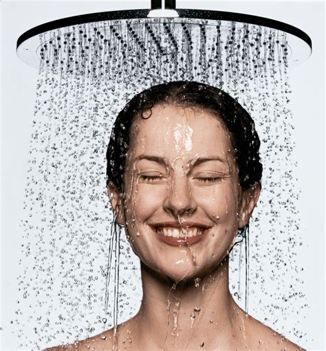 Shower Before Bed by How Taking A Shower Before Bed Helps You Burn More