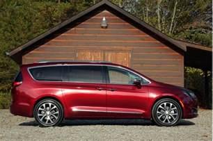 Buy Chrysler 2017 Chrysler Pacifica Best Car To Buy Nominee