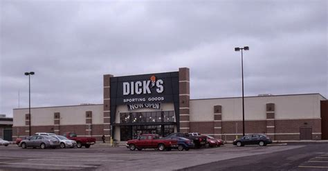 sporting goods parma ohio mall of fame