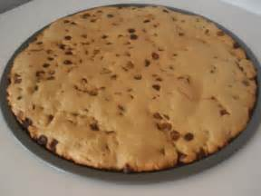 cookie kuchen rezept peanut free nut free chocolate chip cookie cake the