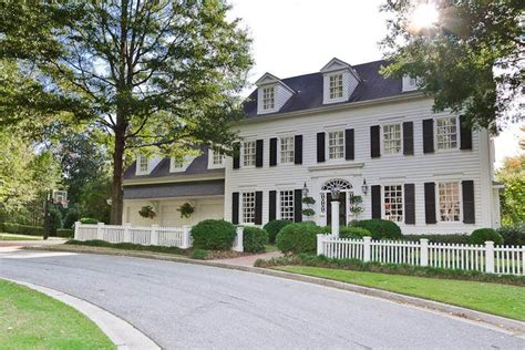 white house black shutters 1000 ideas about colonial exterior on pinterest colonial style homes house styles