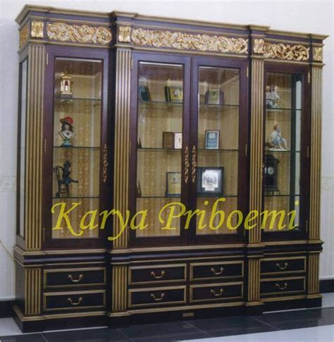 Lemari Ukir Khas Palembang lemari pajangan ukir mewah