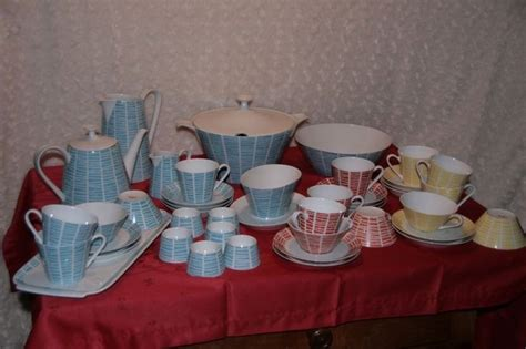 geschirr set modern 17 best images about mod dishes pottery on