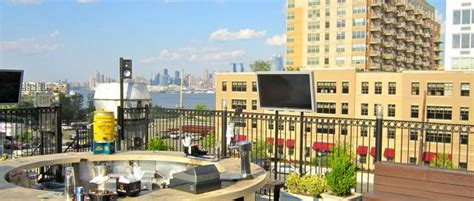 top bars in hoboken best outdoor bars in hoboken 171 cbs new york