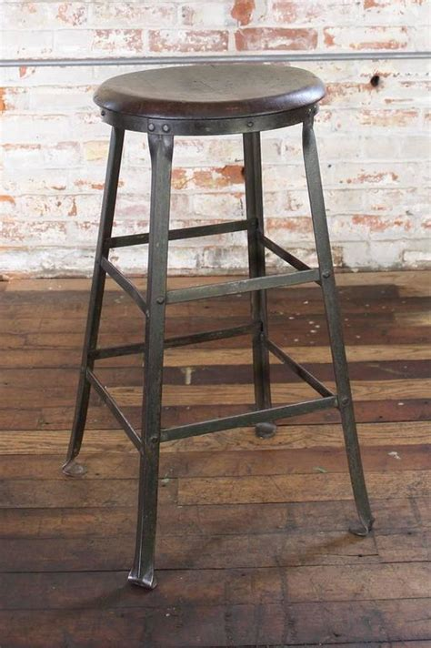 Outdoor Metal Backless Bar Stools by Backless Metal Bar Stools Thetastingroomnyc