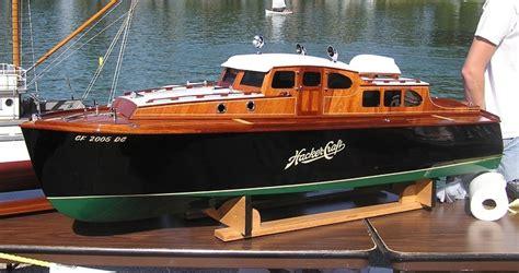 chris craft wooden boat model kits boat plans pdf runabout model boat plans