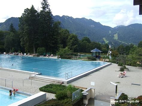 schwimmbad oberammergau wellenberg oberammergau hallenbad und freibad