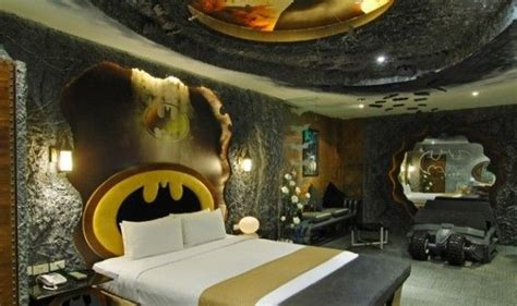Batman Themed Hotel Room by Pin By Antiques On Creative Interiors