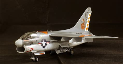 hobby bench rc cars dave s modeling bench a 7e corsair ii 1 48 scale hobby boss