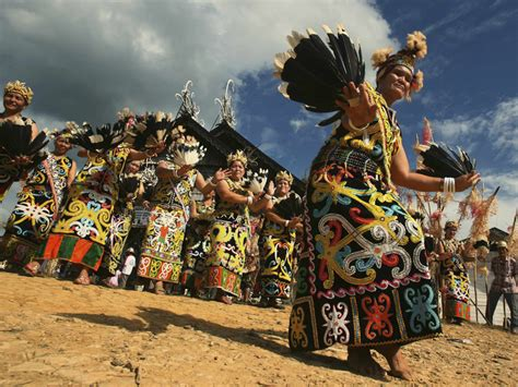 tato tradisi dayak suku dayak my world