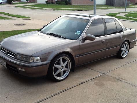 1993 Honda Accord by 1993 Honda Accord Photos Informations Articles