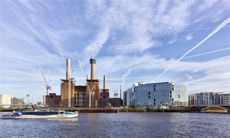 thames clipper battersea river bus launches at battersea power station as london s