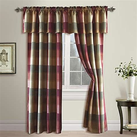 maroon curtains for living room 15 impressive burgundy curtains for living room to buy