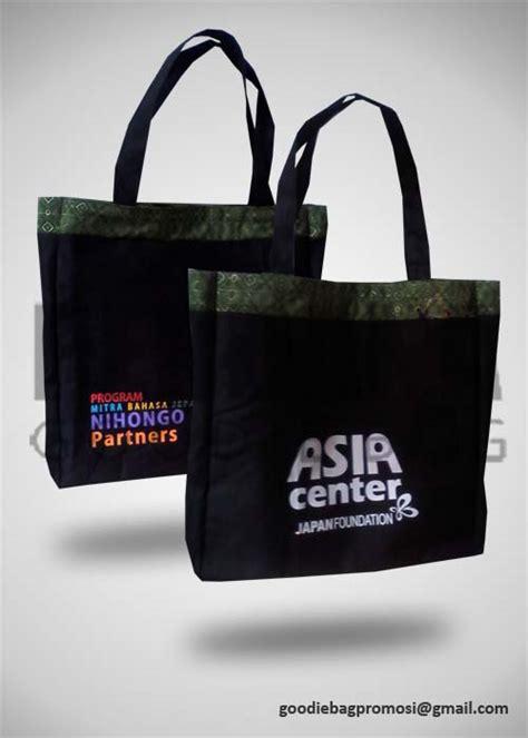 Goodie Bag Spunbond Batik tas promosi kanvas batik jf perdana goodie bag