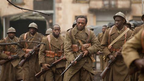 résumé un simple soldat quot nos patriotes quot l histoire vraie d un soldat africain 233 perdument amoureux de la