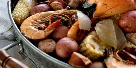 Garden And Gun Low Country Boil Mike Lata S Frogmore Stew Food And Drinks