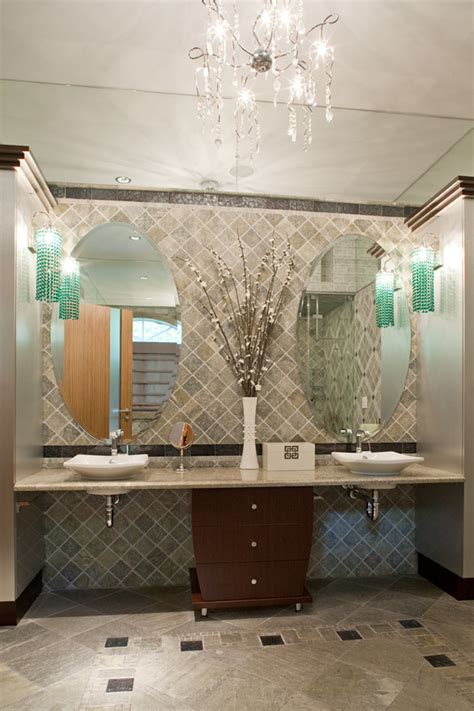 Classicaly modern wheelchair accessible bathroomuniversal design style