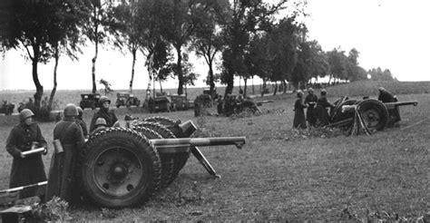 french 75 gun 75 mm wz 1897 field gun in polish service