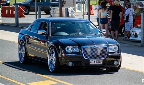 chrysler hemi 300c 2007 chrysler 300c 5 7 hemi v8 le my08 car sales qld