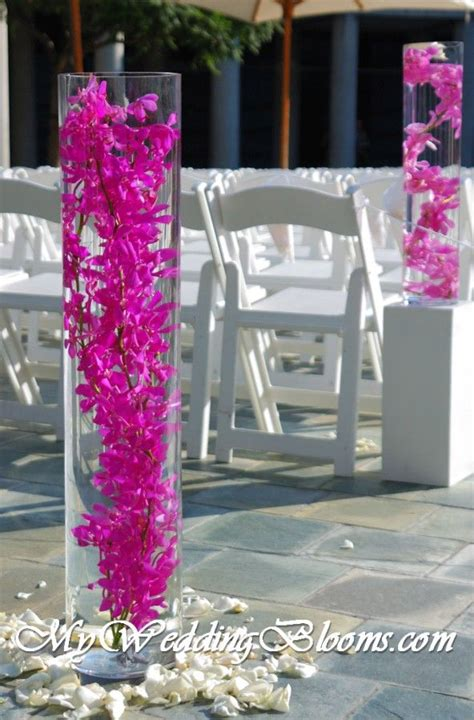 17 best ideas about fuschia wedding on fuschia wedding flowers berry wedding and