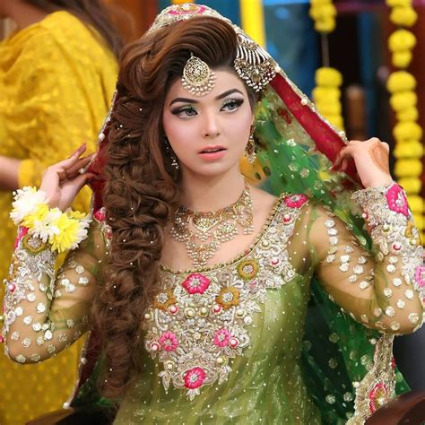 becomming pakistani hairstyles new pakistani bridal hairstyles to look stunning