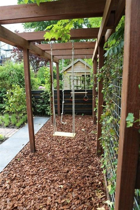 kid friendly backyard landscaping ideas 25 best ideas about backyard privacy on pinterest patio