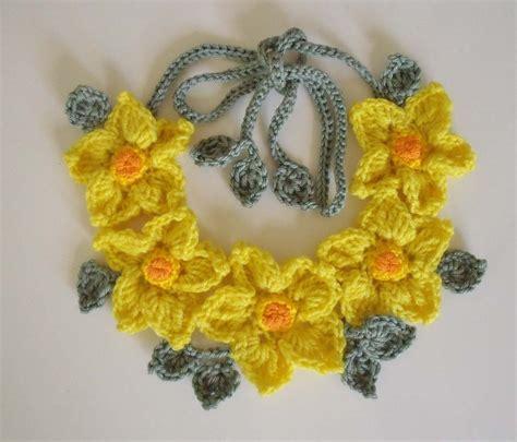 fiori a crochet free crochet flower patterns crochet guild