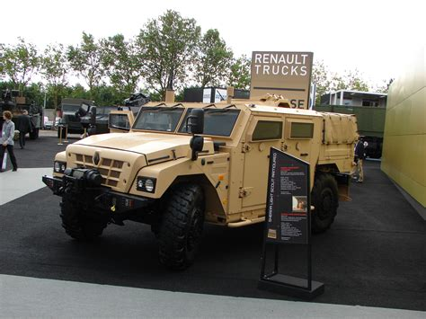 Renault Trucks Defense Www Imgkid Com The Image Kid