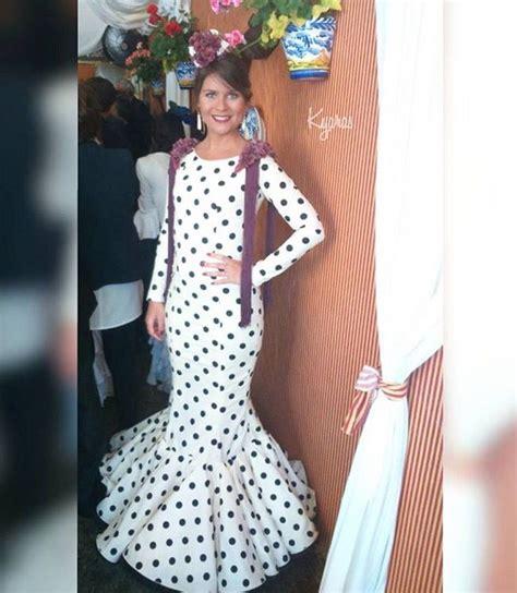 traje de flamenca negro de lunares blancos de luisa perez en we love 17 best images about trajes de gitana on pinterest