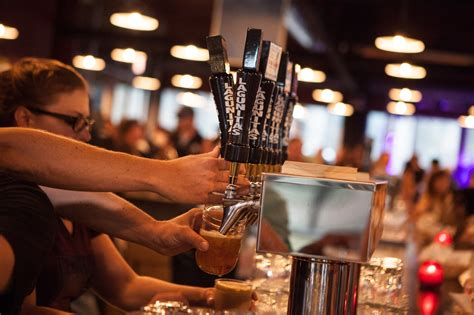 best byob chicago bars chicago bars reviews bar events time out chicago