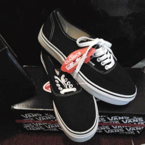 Sepatu Vans Original Sepatu Vans Original sepatu vans authentic black white hf original sepatu