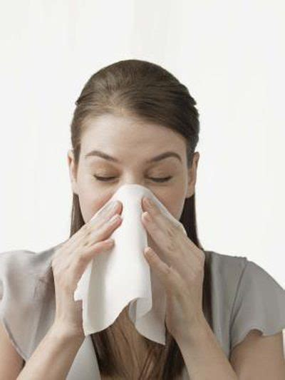 home remedy for runny nose sneezing livestrong