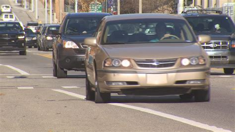 Despite $1,350 average, Michigan car insurance premiums on